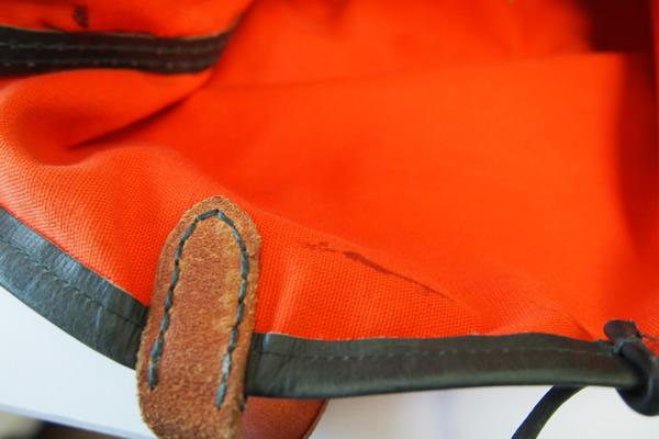 エンリーべグリン|HENRY BEGUELIN|オミノ刺繍入りキャンバス×レザートートバッグイメージ03