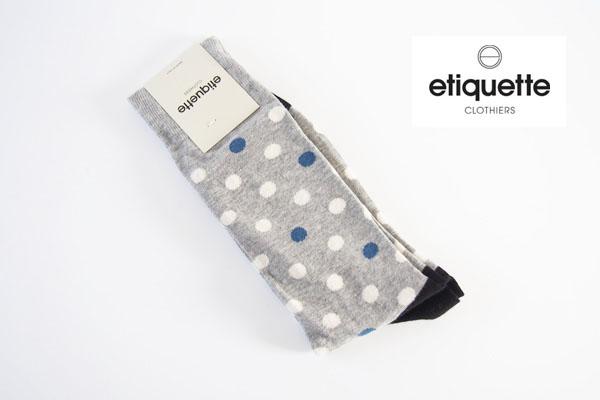 エチケットクロージャーズ|ETIQUETTE CLOTHIERS|クルー丈ドット柄カジュアルソックス|グレー×ホワイト×ブルー  イメージ01