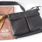 スロウ|SLOW|レザーサコッシュ(ブラック)