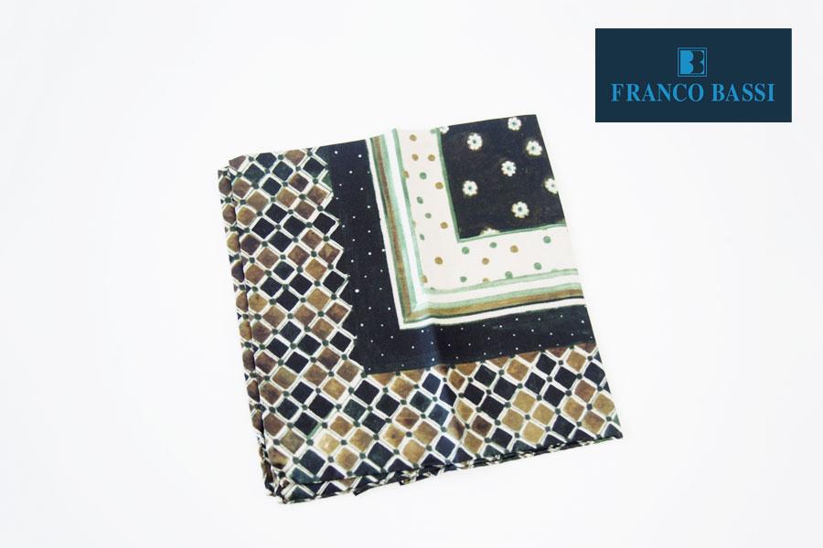 フランコバッシ|Franco Bassi|シルクチーフ(フラワー×ドット柄|グリーン系)イメージ01