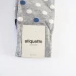 エチケットクロージャーズ|ETIQUETTE CLOTHIERS|クルー丈ドット柄カジュアルソックス|グレー×ホワイト×ブルー  イメージ02
