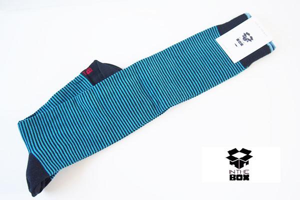 インザボックス|IN THE BOX|ロングホーズボーダー柄カジュアルソックス イメージ01