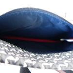 エッレピエリ|R.PIERI|ナイロン×幾何学柄PVCサコッシュ(ブラック)イメージ010