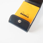 ワイルドスワンズ|WILDSWANS|特別生産品・シェルコードバンシリーズ|メモカバー・コードバン×型押サドルVISTA-S|ネイビーイメージ010