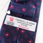 ターンブル&アッサー|Turnbull & Asser |小紋柄シルクネクタイ|ネイビーイメージ07