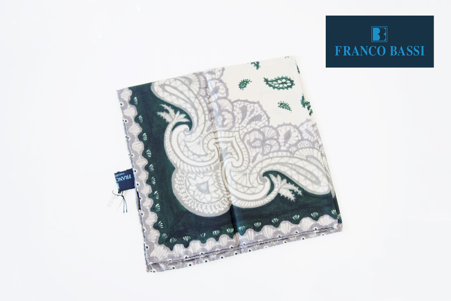 フランコバッシ|Franco Bassi|シルクチーフ(ペイズリー柄|グリーン系)イメージ01