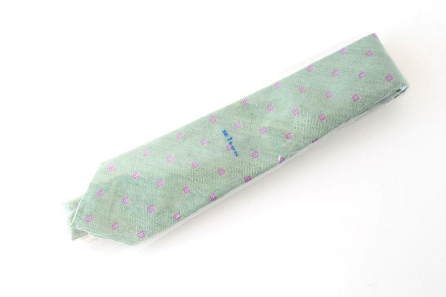 キートン|KITON|シルク×リネン素材ネクタイ|小紋|グリーンイメージ010