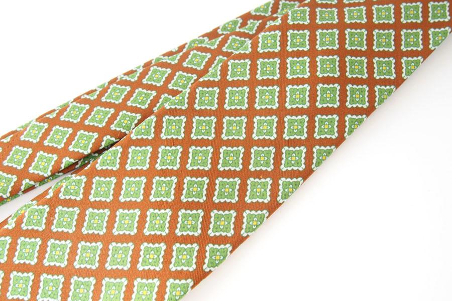 キートン|KITON|シルクプリント素材ネクタイイメージ02