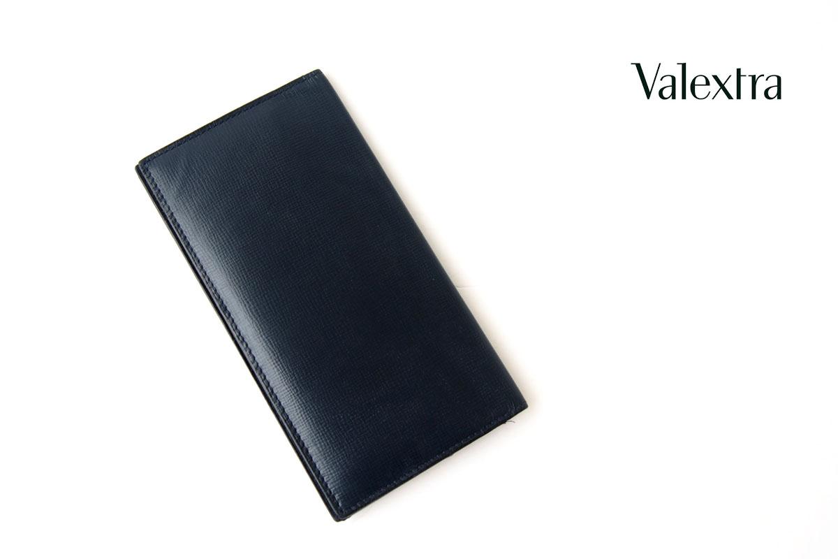 ヴァレクストラ|Valextra|ヴァーティカル 12カード札入れ|ネイビー|グレインカーフスキンイメージ01