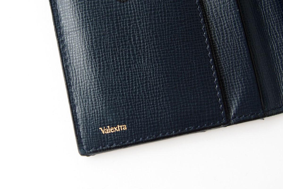 ヴァレクストラ|Valextra|ヴァーティカル 12カード札入れ|ネイビー|グレインカーフスキンイメージ03