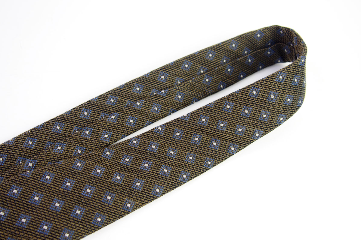 ステファノビジ|STEFANO BIGI|シルクリネン小紋柄ネクタイ|カーキ イメージ02