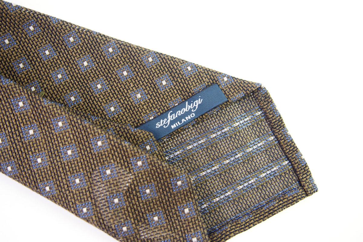 ステファノビジ|STEFANO BIGI|シルクリネン小紋柄ネクタイ|カーキ イメージ04