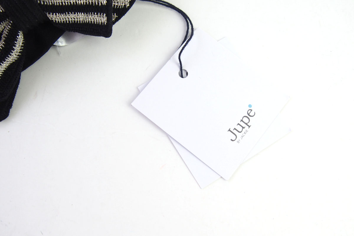 ジュープ バイ ジャッキー Jupe by Jackie ハンドメイドボウタイ 蝶ネクタイ ストライプ柄 ブラック×シルバー イメージ02