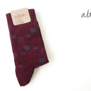 アルティア ALTEA ロングホーズ柄ソックス ワンサイズ ボルドーイメージ01