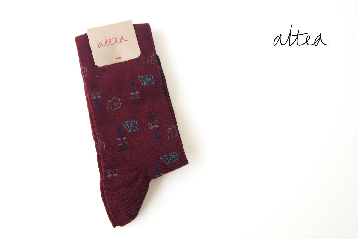 アルティア|ALTEA|ロングホーズ柄ソックス|ワンサイズ|ボルドーイメージ01