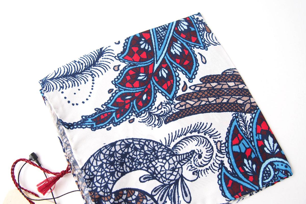 アーディアンドシー|AD&C|シルク ポケットチーフ(ブルー×ホワイト)イメージ02