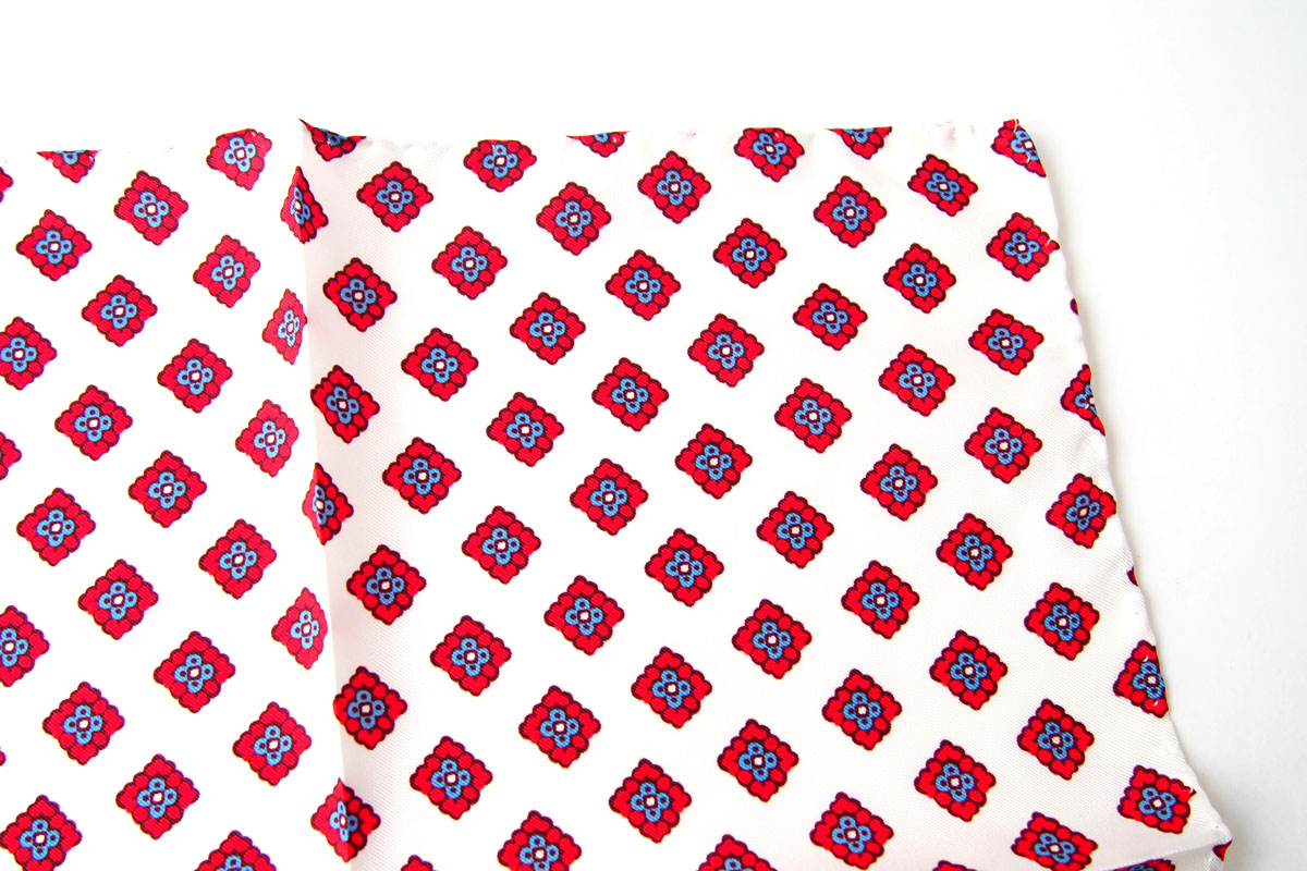 アーディアンドシー AD&C シルク ポケットチーフ(ホワイト)イメージ03