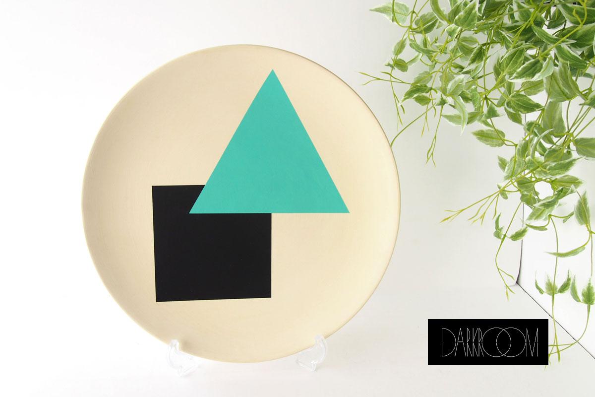 ダークルーム ロンドン|DARKROOM LONDON|オーナメントプレート|飾り皿|デザイン|アート|SO SOTTSASS|PLATE#1イメージ01