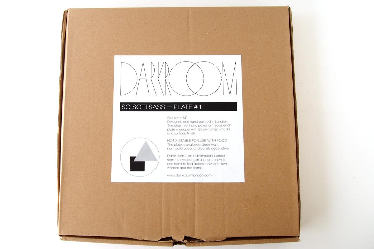 ダークルーム ロンドン|DARKROOM LONDON|オーナメントプレート|飾り皿|デザイン|アート|SO SOTTSASS|PLATE#1イメージ02