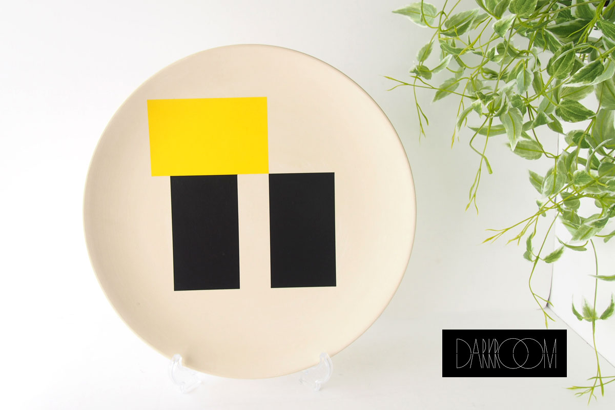 ダークルーム ロンドン DARKROOM LONDON オーナメントプレート 飾り皿 デザイン アート SO SOTTSASS PLATE#2イメージ01
