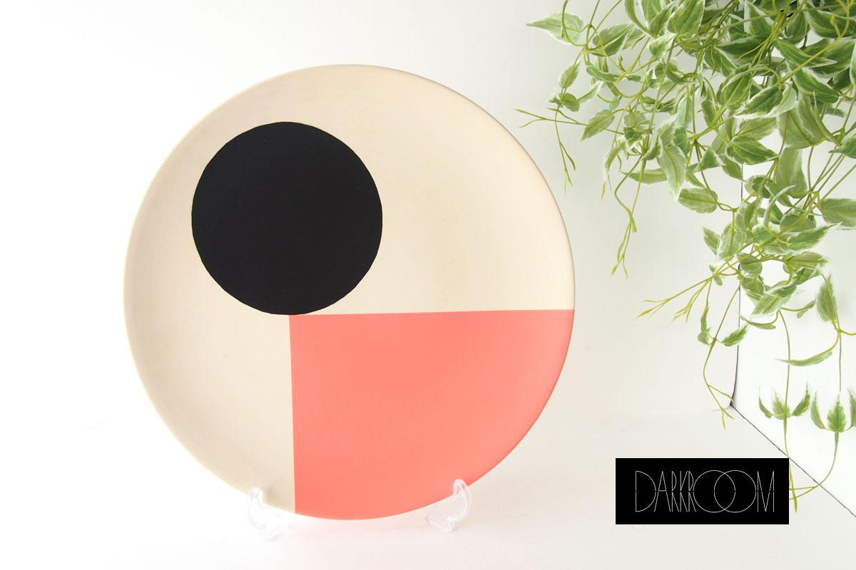 ダークルーム ロンドン|DARKROOM LONDON|オーナメントプレート|飾り皿|デザイン|アート|SO SOTTSASS|PLATE#3イメージ01