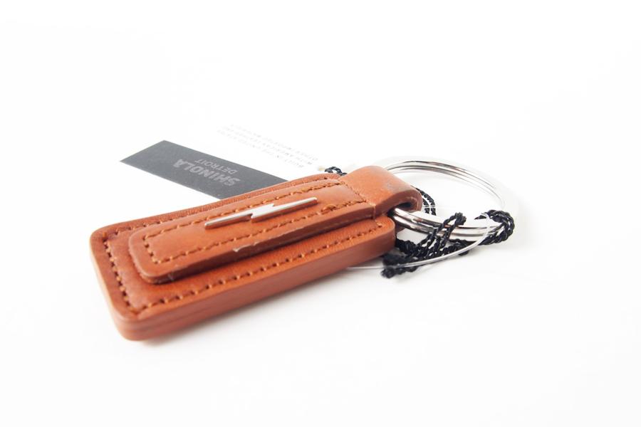 シャイノラ|shinola|キーリング|Metal Lightning Bolt Tan Leather Keychain|ライトブラウンイメージ04