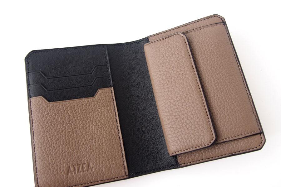 アイセア|AIZEA|コンパクトウォレット|2つ折り財布|トリヨンレザー|トープイメージ06