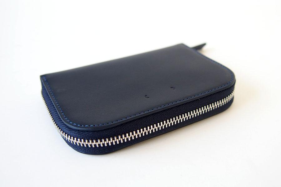 ピービーゼロワンワンゼロ PB0110 ジップ財布 ジップウォレット CM1.1 WALLET Baby Blue ネイビーイメージ04