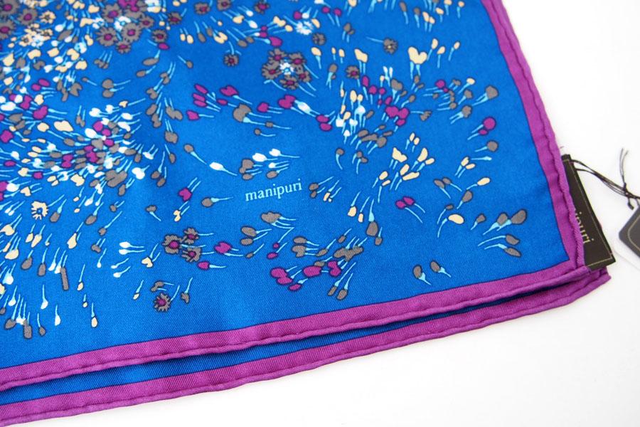 マニプリ|manipuri|プリントシルクスカーフ|ブルー×バイオレット|53cm×53cmイメージ03