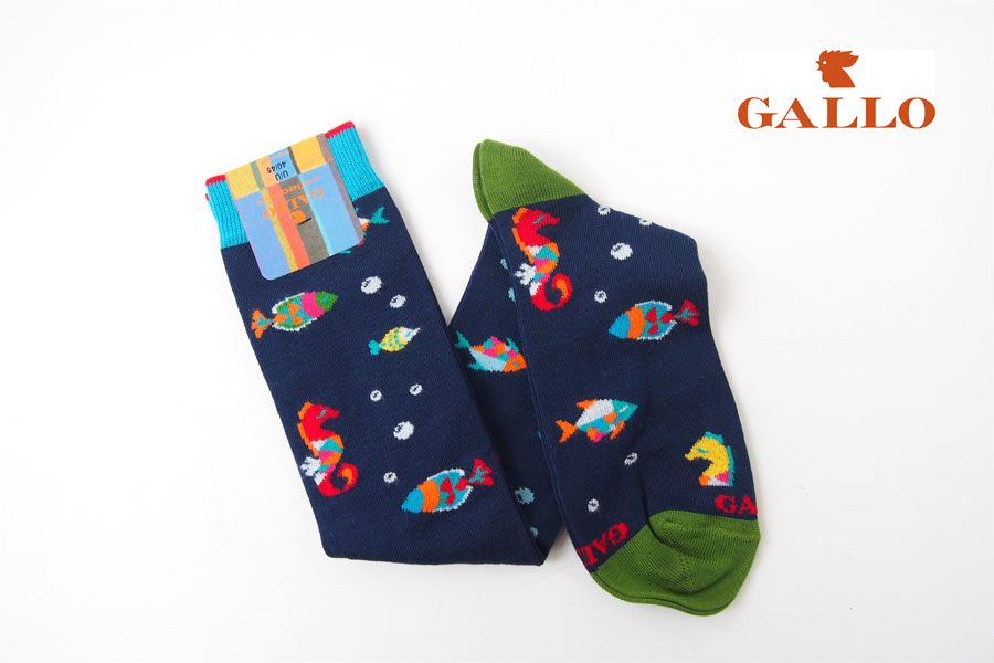 ガッロ|GALLO|ロングホース ソックス|AP507711|魚柄|ネイビーイメージ01
