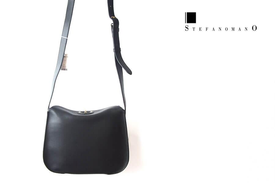 ステファノマーノ STEFANO MANO シュリンクレザーショルダーバック ブラックイメージ01