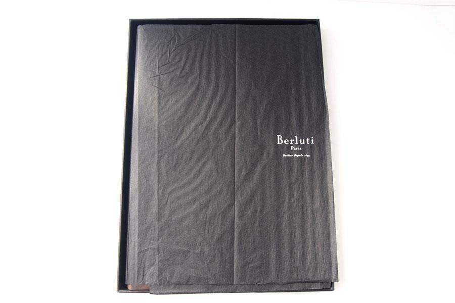 ベルルッティ|Berluti|稀少|顧客限定|非売品革表紙ノベルティノート|手書きアート入り|ブラウンイメージ08