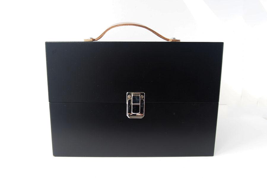 サフィール|SAPHIR|シューケアウッドボックス|靴磨きブラシ収納ボックス【木箱のみの単品販売】イメージ01