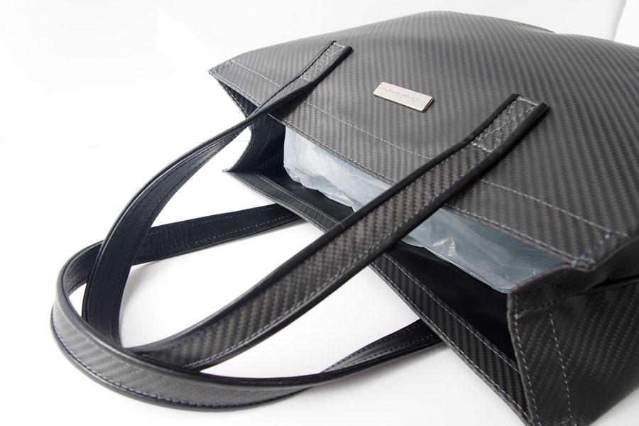 テクノモンスター|Teckno Monster|カーボンファイバー(炭素繊維)素材|軽量トートバッグ|HIKOプレート付きイメージ05