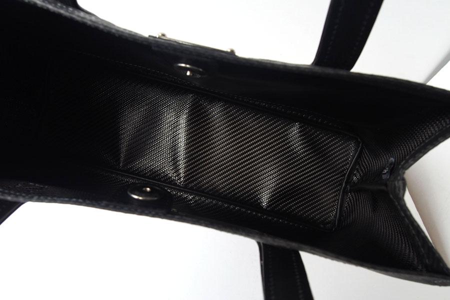 テクノモンスター|Teckno Monster|カーボンファイバー(炭素繊維)素材|軽量トートバッグ|HIKOプレート付きイメージ08