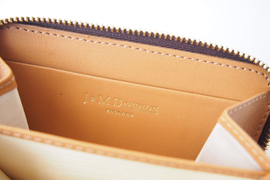 ジェイアンドエムデヴィッドソン|J&M Davidson|クロコ型押しラウンドファスナーカード&コインケース|グレージュイメージ08