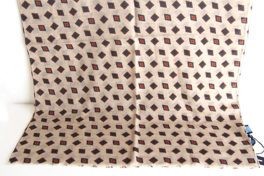フランコバッシ Franco Bassi ウールストール 菱形小紋柄 ベージュイメージ05